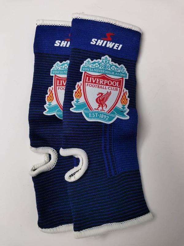 Футбольные бандажи на голеностоп Ливерпуль