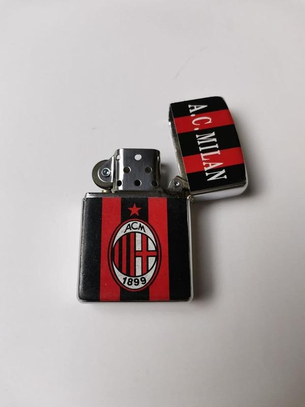Зажигалка Милан